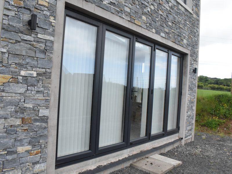 Bi-Fold Doors (11)