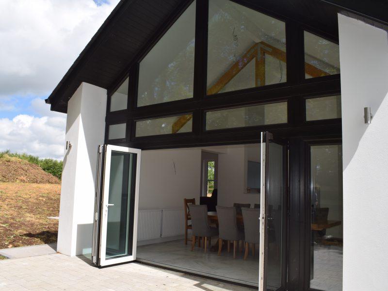 Bi-Fold Doors (4)
